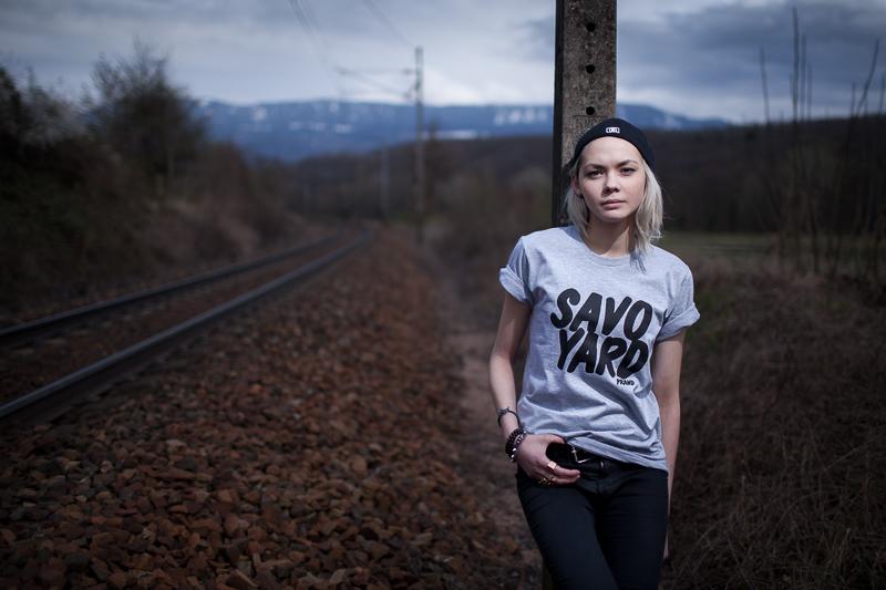 Sophie Tith, gagnante de la nouvelle star pose pour la marque Streetwear PRAND